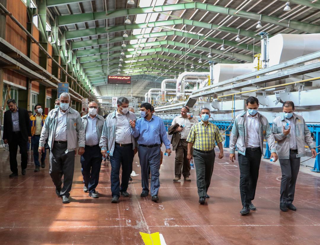 گامهای جدید شرکت گروه مدیریت سرمایهگذاری امید برای ساخت پنلهای خورشیدی